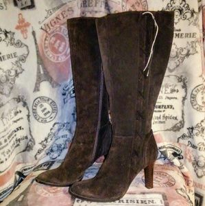6a4232c0233 Chinese Laundry genuine Suede zip up Boots Size 6